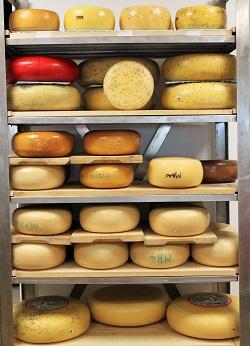 C'est Cheese, Featherston
