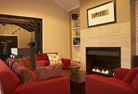 Fireplace & Lounge