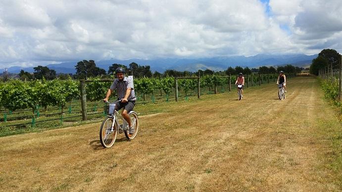 Discover Opaki by bike!