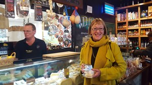 Visit C'est Cheese and purchase NZ cheeses