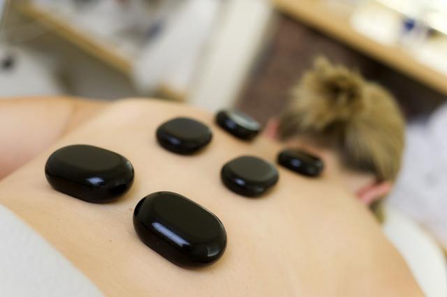 Hot stone massage at Brackenridge Day Spa